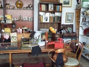 Mrs Catherine's Antiques and Collectables